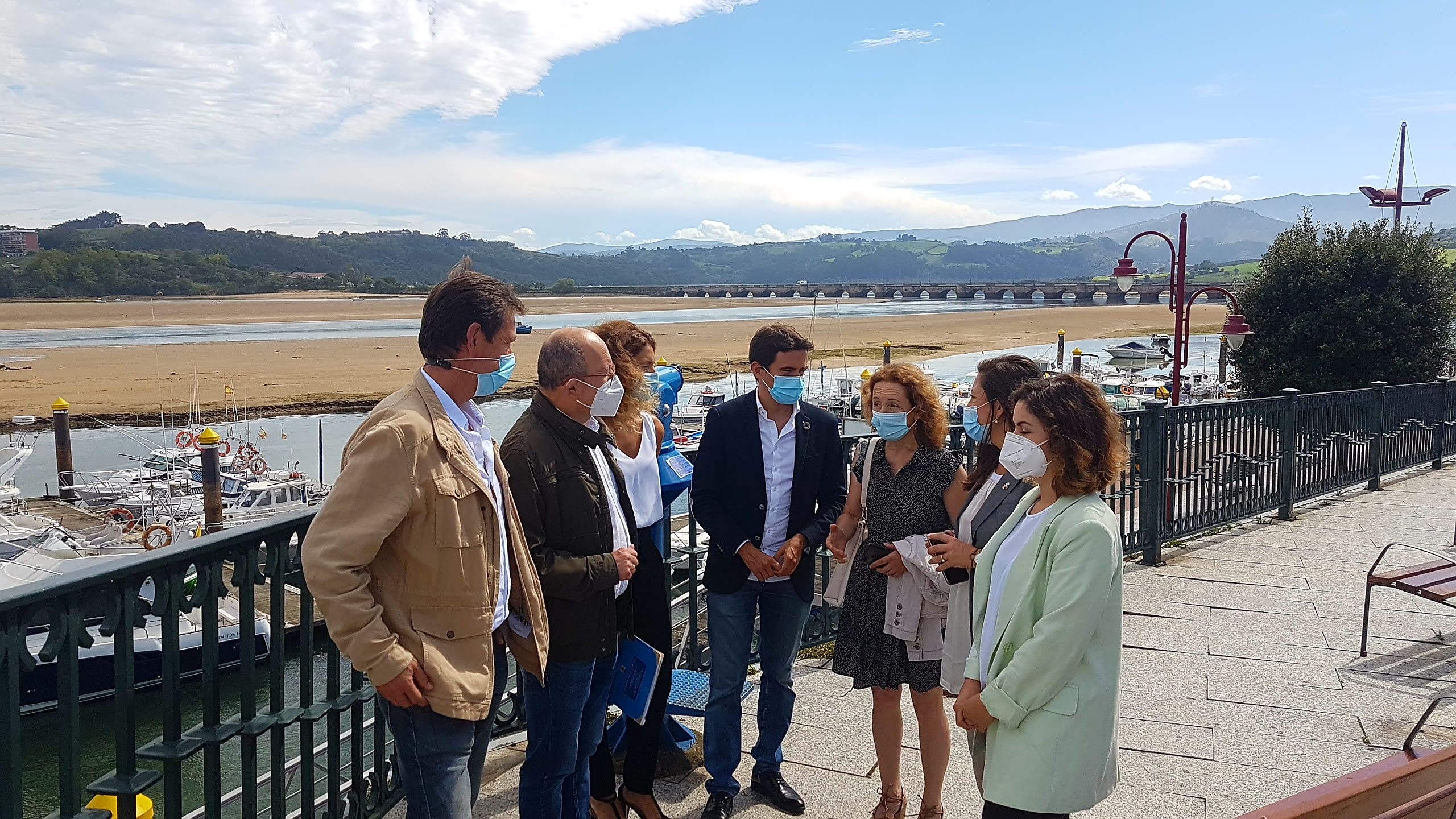 La Delegada Del Gobierno En Cantabria Visita San Vicente Para Conocer Los Proyectos Que Tiene Pendientes El Gobierno De España Con El Municipio San Vicente De La Barquera
